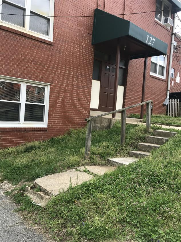 127 Lee Ave Apartments