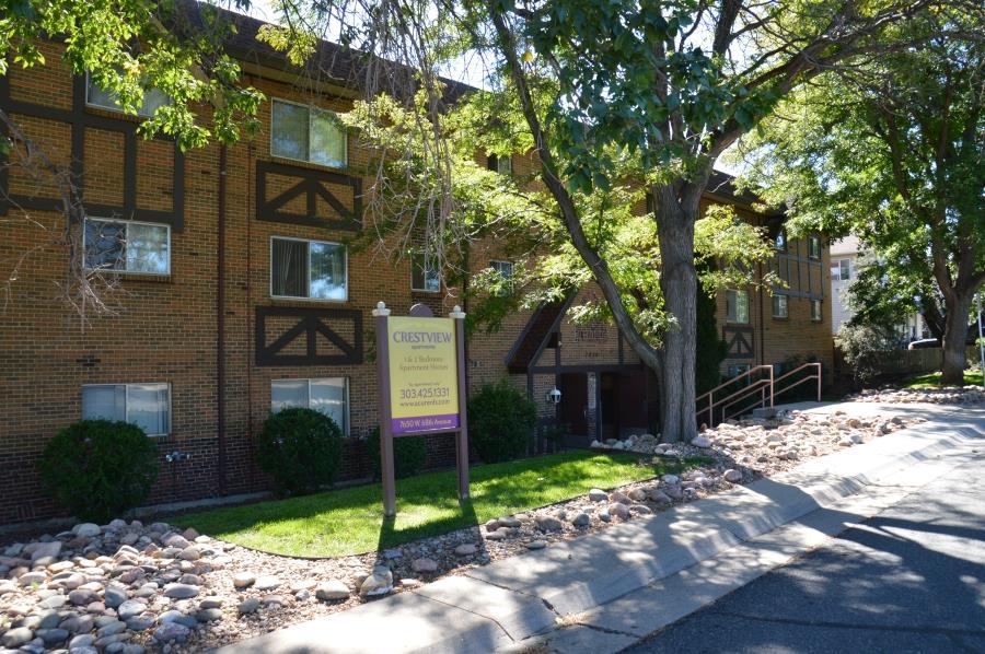 Crestview Apartments Exterior