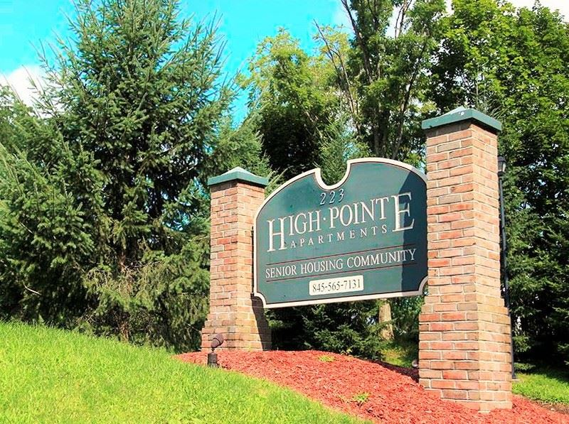 High Pointe Apartments