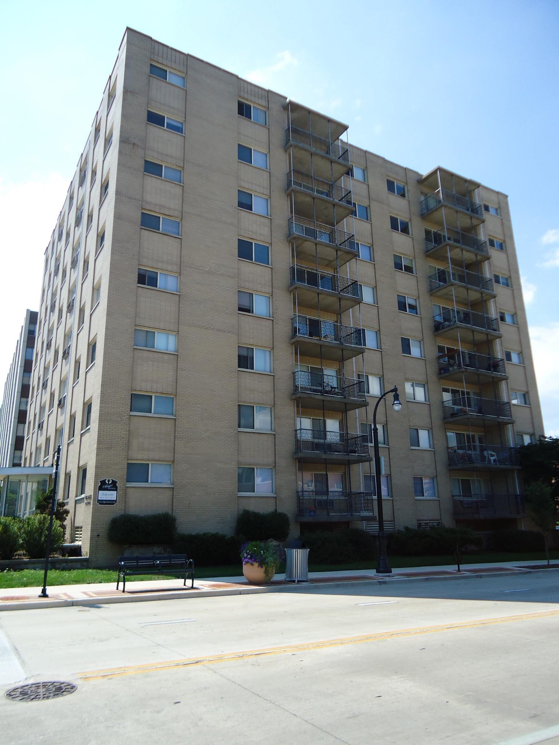 3955 N. Murray Ave.