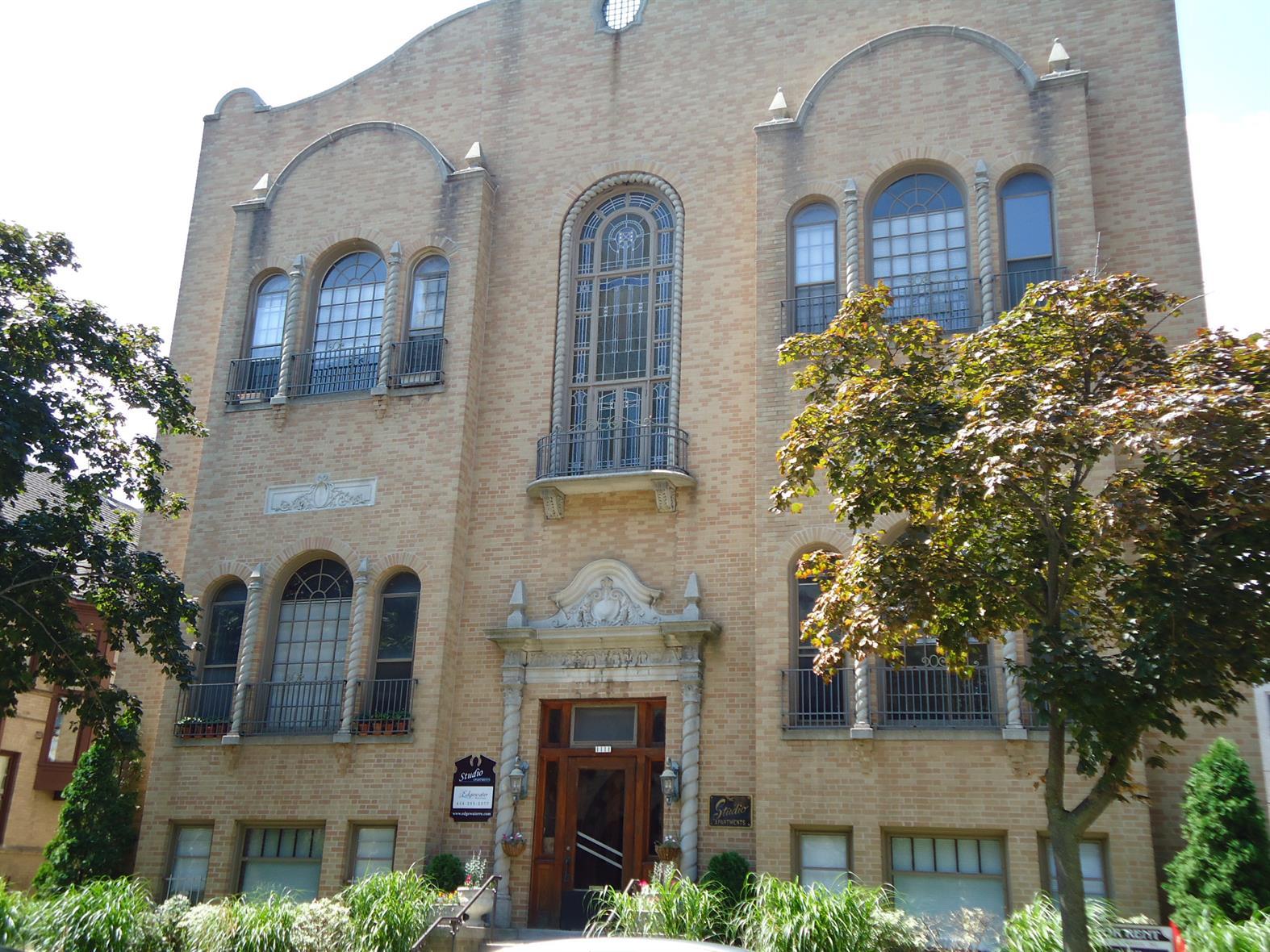 1111 N. Astor St.