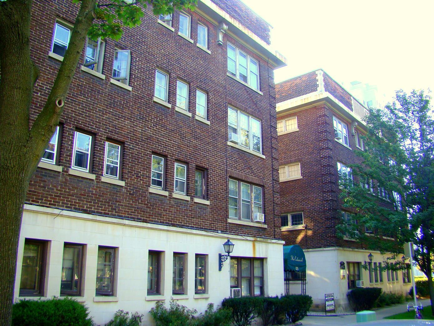 826 N. Cass St.