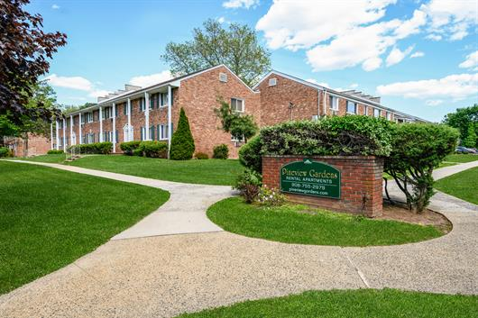 Images of Pineview Gardens at Plainfield, LLC