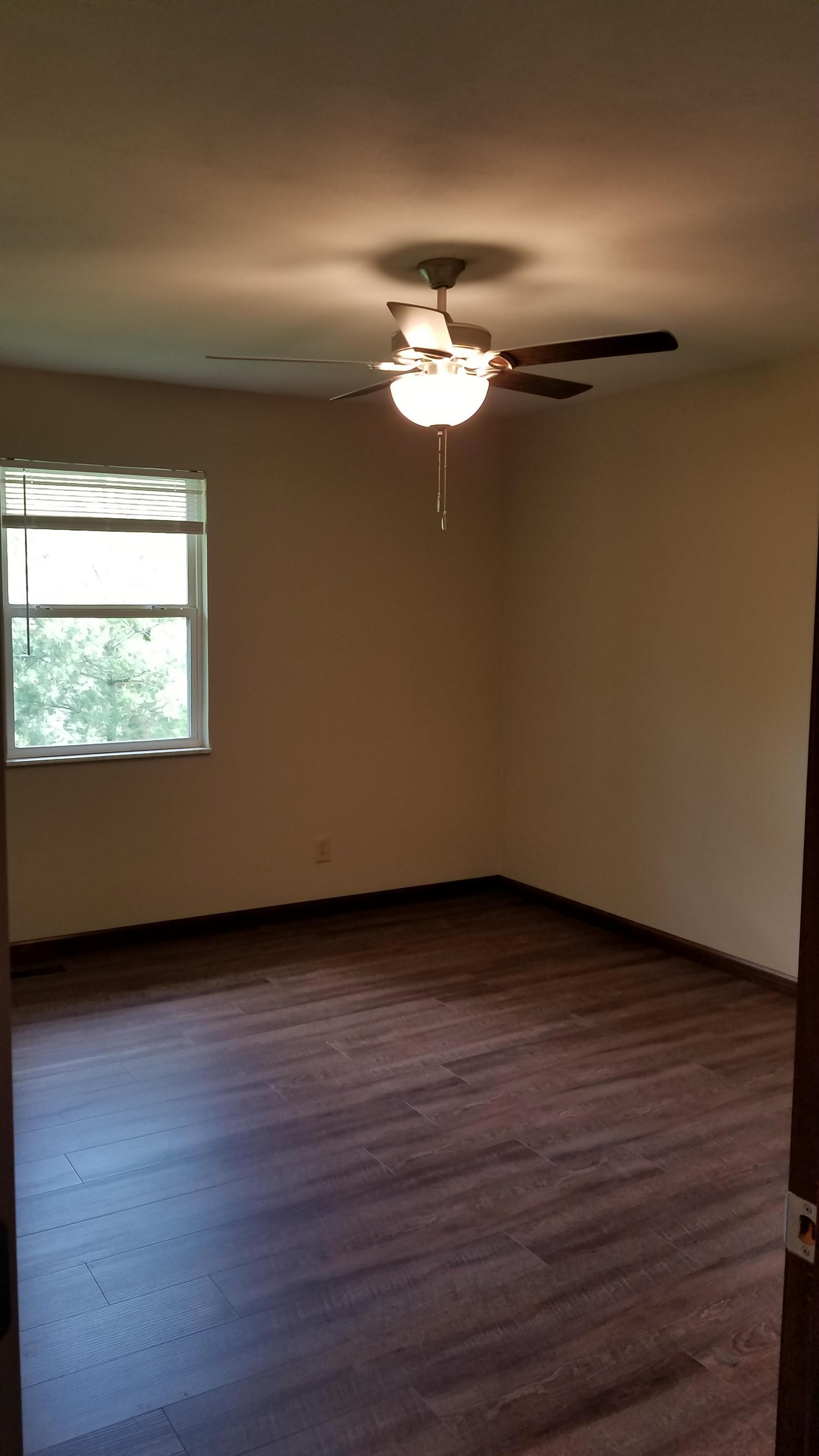 Images of 27 Heritage Pl