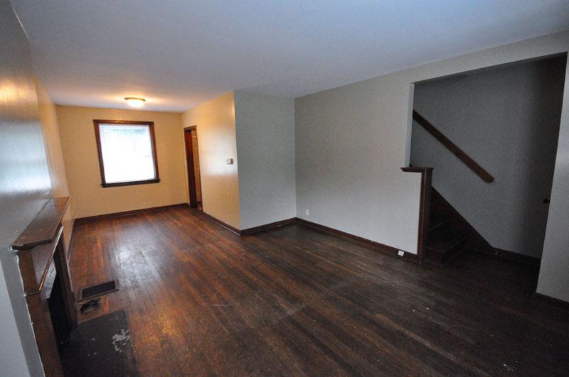 207-215 E. Hudson Street