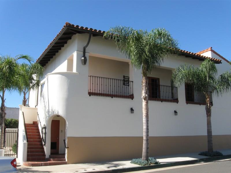 219 W. Carrillo Street D/E image