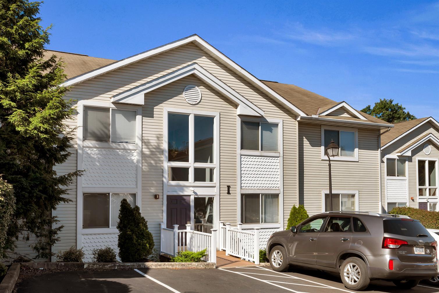 Upland Village Apartments & Condos