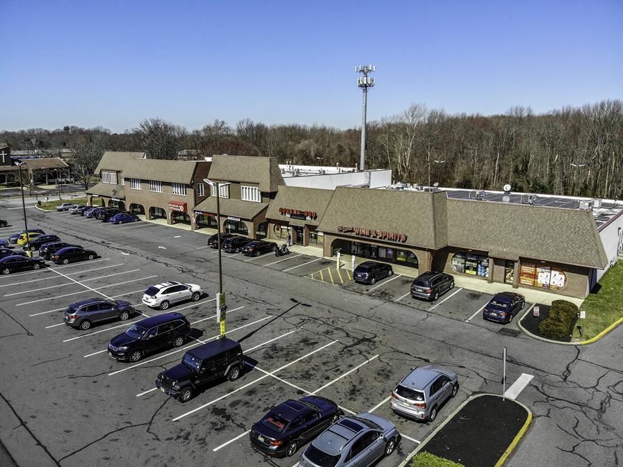 Princeton Place Shopping Center Exterior
