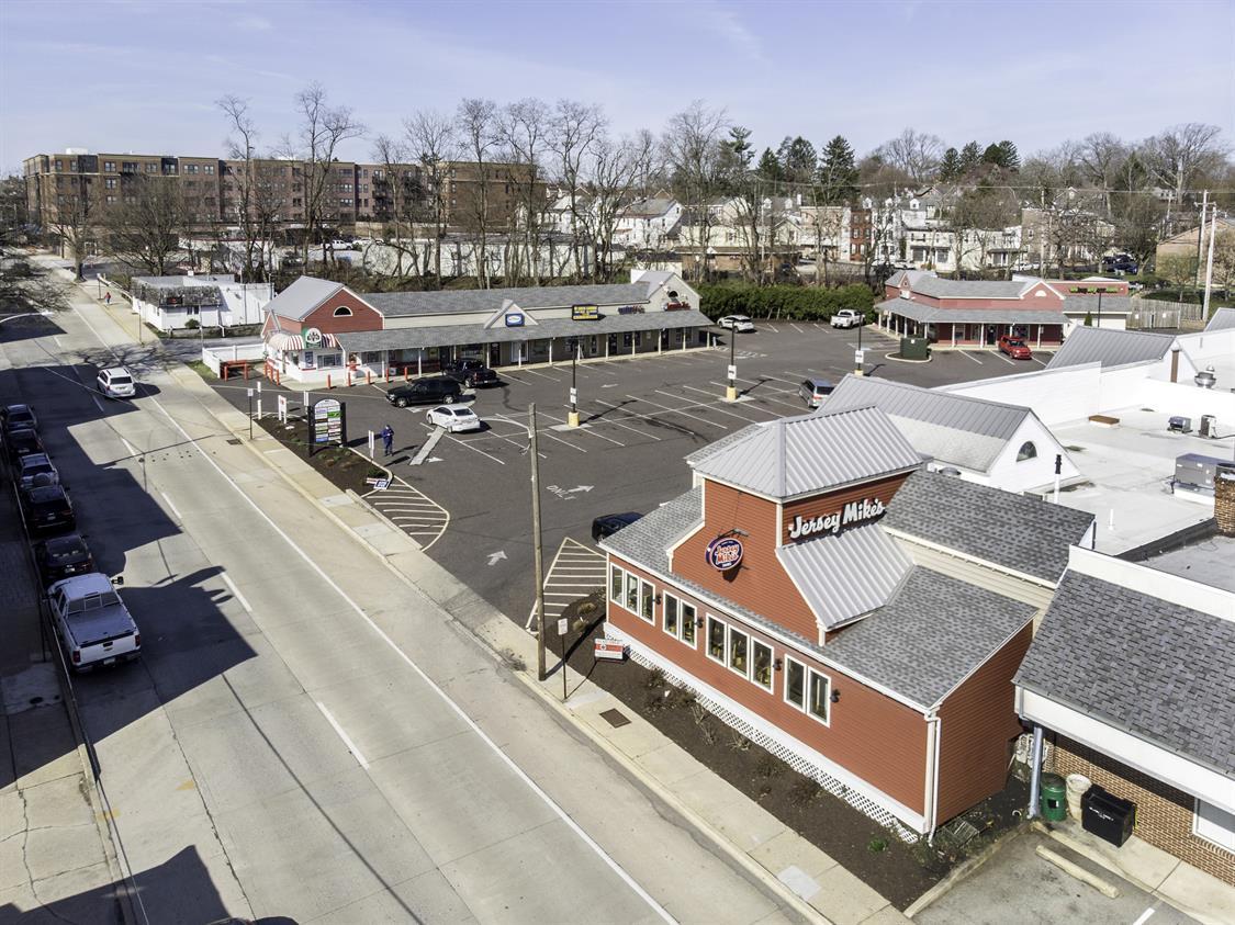 Cambridge Square Shopping Center