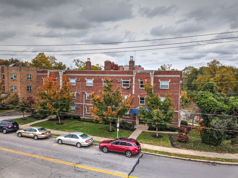 420-424 Riddle Road image